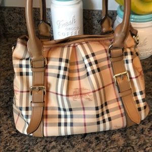 Genuine Burberry Tote in Haymarket Check